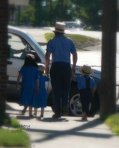 Amish dad and kids - New Wilmington, PA