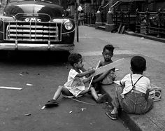 Mystery Photographer Vivian Maier's Breathtaking Work Uncovered Decades Later: The Amazing Tale Yes.