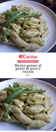 Mezze penne al pesto di noci e rucola Im a foodie Pasta Recipes, Salad Recipes, Cooking Recipes, Italian Dishes, Italian Recipes, I Love Food, Good Food, Vegetarian Recipes, Healthy Recipes