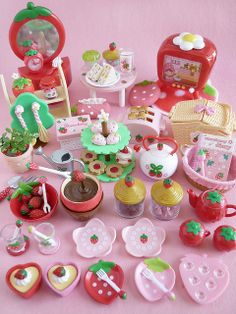 Re Ment. Merry Strawberry collection. Soooo adorable!