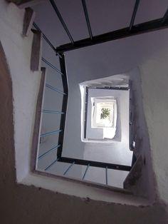 jump, stairs