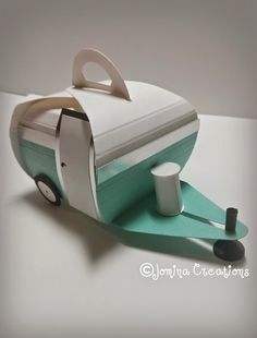 Curvy Keepsake Box Caravan - love it!