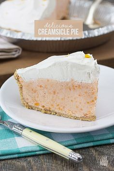 Seriously delicious!  This Creamsicle Pie is a frozen treat that won't last long!  Recipe at livelaughrowe.com
