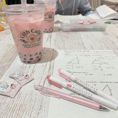 Study Desk, Study Space, Tittle Ideas, Study Room Decor, Cute School Supplies, Korean Aesthetic, Study Hard, Studyblr, Aesthetic Rooms