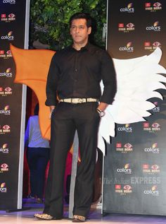 Bigg boss 7 wiki,host,contestants.bigg boss season 7 starting date,lates promo and news.Salman Khan as host in bigg boss 7 on Colors TV channel #bigboss #bigboss7 #salmankhan