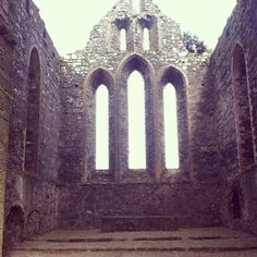 Alter space and fabulous gothic windows at Dunbrody Abbey. Gothic Windows, Open Your Eyes, Cathedrals, Tower Bridge, Ireland, Places To Visit, Space, Pictures, Travel