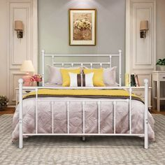 Foam Mattress Elevator Queen #furniturekekinian White Iron Beds, White Metal Bed, Twin Size Bed Frame, Full Bed Frame, Best Futon, Headboards For Beds, Bed Sizes, Bedroom Decor, Bedroom Furniture