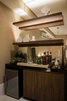 Bares em casa são úteis em dias de festa e não demandam muito espaço - Casa e Decoração - UOL Mulher