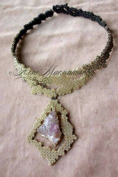 A friend of mine's husband commissioned this necklace a while ago. Etsy: UPDATE: Well, that was fast - this piece already got featured on Firsti. Seed Bead Necklace, Seed Bead Jewelry, Jewelry Art, Beaded Jewelry, Jewelry Crafts, Handmade Jewelry, Beaded Necklace, Jewelry Design, Ideas Joyería