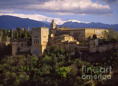 The Alhambra Palace by Guido Montanes Castillo