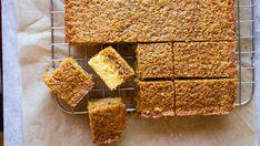 Dream Cake with vanilla and crispy coconut topping Norwegian Food, Norwegian Recipes, Dream Cake, Coffee Cake, Diy Food, Let Them Eat Cake, I Love Food, No Bake Cake, Cake Recipes