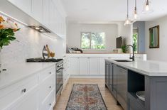 Romantic Large Open Plan Kitchen - Just in Place Blog Large Open Plan Kitchens, Large Kitchen Island, Shaker Style Kitchens, White Kitchens, U Shaped Kitchen, Moving House, Beautiful Kitchens, Kitchen Interior, Kitchen Remodel