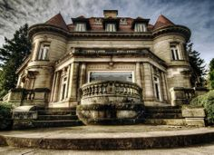 Pittock Mansion, Portland OR jigsaw puzzle in Street View puzzles on TheJigsawPuzzles.com
