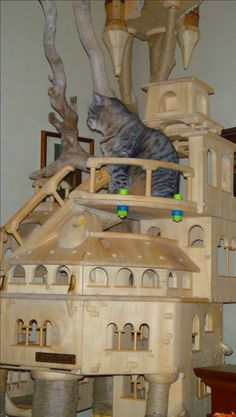 Cat castle cat towers and cat trees on pinterest for Castle cat tower