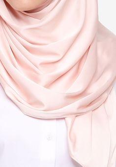 VERCATO beige Glam Diva Satin Silk Shawl F9EF2AA58756B1GS_2