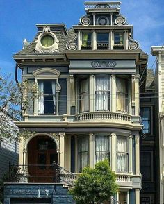 50 Unique Gothic Revival Home Architecture – Houses and interior design - architecture house Architecture Design, Victorian Architecture, Beautiful Architecture, Beautiful Buildings, Beautiful Homes, Victorian Buildings, Revival Architecture, Fachada Colonial, Victorian Style Homes