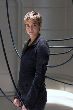 15 thoughts we had while watching Insurgent.