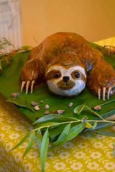 Sloth cake.