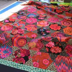 Many months ago (back in January 2016) I went to a class with Kaffe Fassett and Brandon Mably in my home city, Wellington, New Zealand. We c...