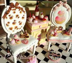 gorgeous cupcake chairs!