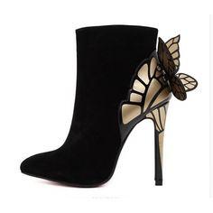 Yeni sezon ayakkabı trendini merak edenler için en trend olacak birbirinden şık ayakkabılar www.minanna.com 'da. 2016 tasarımları adeta sınırları zorlayan farklı ve iddalı tasarımlarla görücüye çıkmış bulunmaktadır. 2106 da www.minana.com da tüylü ayakkabılari,tayt çizmeler, kadife ayakkabılar, yılan derisi tasarımlar, metalik ayakkabılar, maskülen tarzlar, taşlı modeller satışa sunulmuştur. Modadan uzak kalmayın. www.minanan.com tek tık uzagınızda.