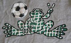 68128799d Soccer T-Shirt Peace Frogs Shirt Crewneck Gray Football Short Sleeve Size  LARGE   eBay
