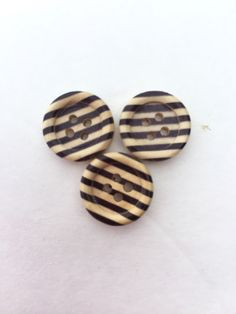 Wood Buttons Black Stripe Flat Back 4 Hole by avisiontoremember