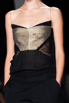 Narciso Rodriguez Spring 2013 Ready-to-Wear Detail