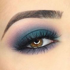 """12.7k Likes, 43 Comments - Smashbox Cosmetics (@smashboxcosmetics) on Instagram: """"All sorts of unicorn and mermaid vibes from this eye look by @paulina_alaiev using our Bold…"""""""