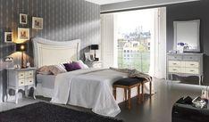 déco chambre adulte avec tableaux muraux et ottoman rectangulaire
