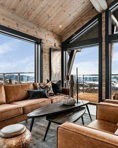 Modern Cabin Interior, Modern Bungalow Exterior, Interior Design, Living Room Modern, Living Room Sofa, Home Living Room, Kitchen Living, Dining Room, Cabin Interiors