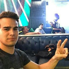 Simon (Alberto) on set, cute pic xx