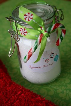 Peppermint Foot Soak - DIY Christmas gift and so easy!