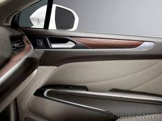 Интерьер кроссовера Lincoln MKC 2015 / Линкольн МКС – вид спереди