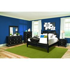 @Overstock - The Chelsea Black 4 Piece Queen Bedroom set features contemporary influences with traditional design. Curving angles and silver hardware combine to create a wide range of styling deriving from deep rooted Southern heritage and elegant French courts.http://www.overstock.com/Home-Garden/Vaughan-Chelsea-Black-Contemporary-4-piece-Queen-Bedroom-Set/6856487/product.html?CID=214117 $1,874.99