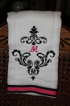 damask print burp cloth
