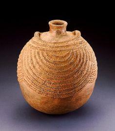 Africa | Bottle.  Igbo peoples.  Nigeria | ca. 1960 | Ceramic