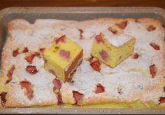 Prajitura cu iaurt si capsuni/Prajitura cu iaurt si fructe - Rețete Papa Bun Cornbread, Cake Recipes, Deserts, Dairy, Sweets, Cookies, Ethnic Recipes, Food, Writers