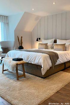 Bedroom Loft, Bedroom Inspo, Bedroom Apartment, Home Bedroom, Master Bedroom, Bedroom Decor, Beddinge, Teenage Room Decor, Bedroom Styles