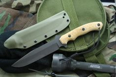 Fixed Blade by Michael Burch (Burchtree Blades)