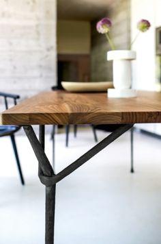Officina Tisch - von Ronan und Erwan Bouroullec - Magis