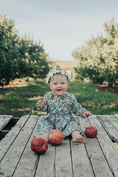 Fall baby pictures