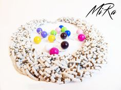 Maxi Beads white necklace with Candy Boo earnings different colors  www.mirasstore.com