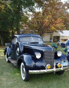 Cool Stuff We Like Here @ CoolPile.com  ------- // Original Comment \\ -------  '38 Studebaker Coupe Express pickup.