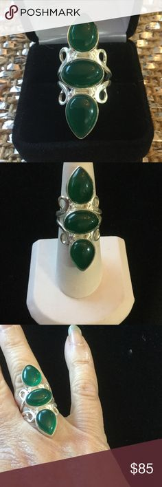 Unique Regal Genuine Green Agate Ring Looks like a ring for royalty,  large genuine green Agate.  Set in .925 silver with pear shaped and oval cabochons in this artistic setting.  The length of this ring elongates the fingers for an aristocratic look.  Genuine rich green Agate ! Gems & Minerals Jewelry Rings