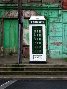Old telephone box in Chapelizod, County Dublin Images Of Ireland, Telephone Booth, 365 Photo, Old Phone, Camera Photography, Phone Covers, Old Pictures, Great Photos, Beautiful World