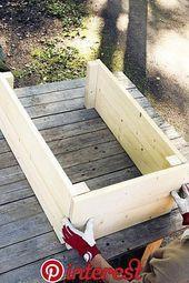 Jutta Terrasse Red Flower Garden – Garden Art Sculptures How to Car Wood Pallet Planters, Diy Planter Box, Diy Planters, Garden Planters, Garden Art, Garden Design, Balcony Gardening, Garden Landscaping, Back Gardens