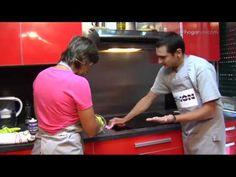 Misión impecable: Limpiar los muebles de la cocina - YouTube