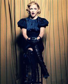Madonna Photoshoot by Craig McDean for Vanity Fair Magazine Madonna Fashion, Lady Madonna, Madonna 80s, Women's Fashion, Pop Singers, Female Singers, Divas Pop, Vanity Fair Magazine, La Madone