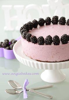 Ovocná torta s černicami